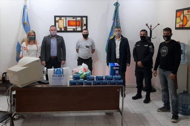 All Boys Solidario y Laboratorio Ritchet entregan medicamentos a Unidad 5