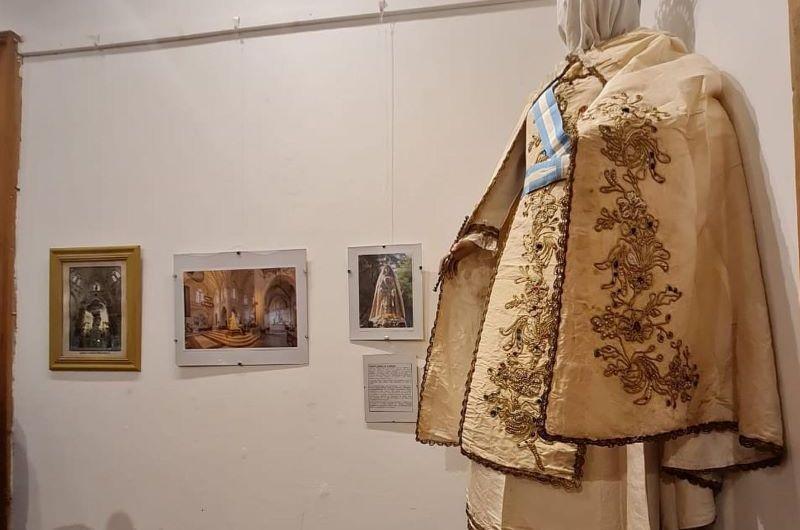 En el Miguez inauguraron muestra sobre el centenario de la Basílica Catedral