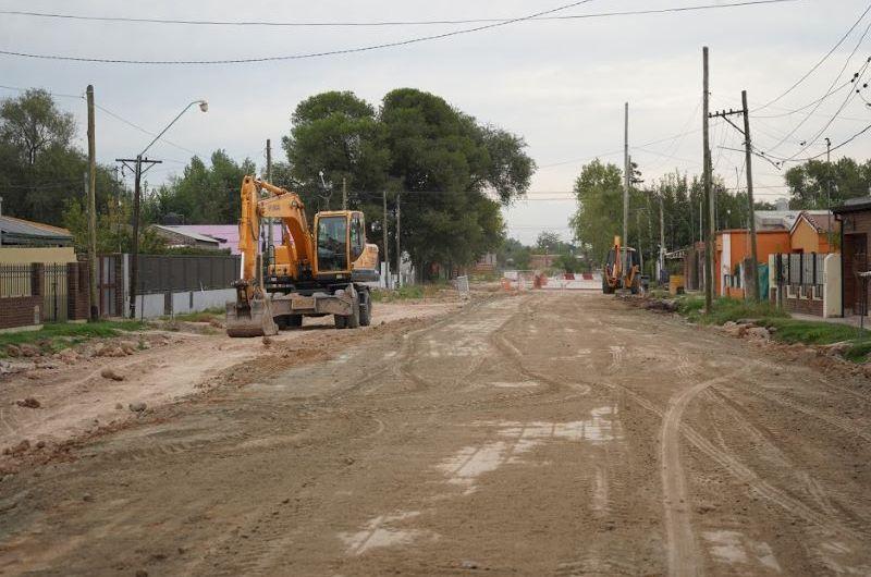 Continúan las obras pluviales en la calle 61