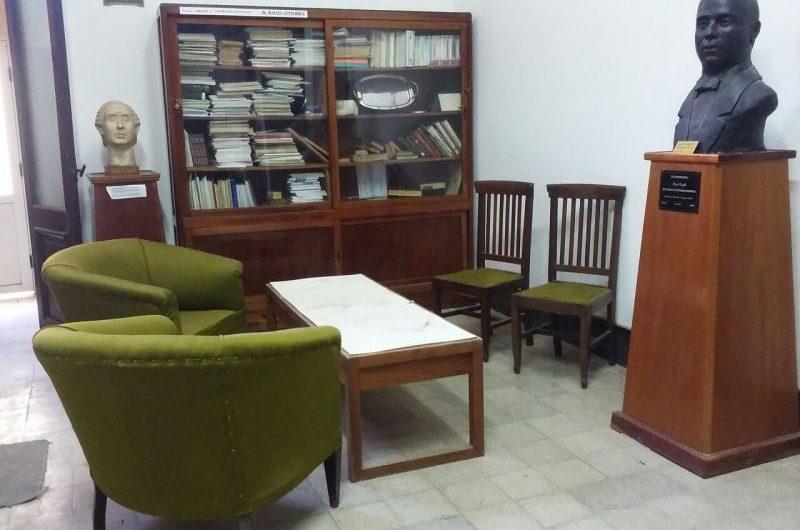 Homenaje de la Biblioteca Sarmiento a los escritores mercedinos