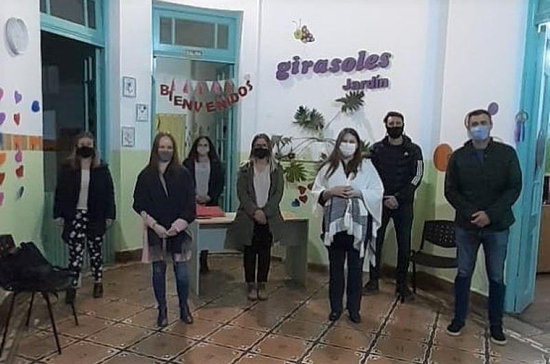 Concejales de JxC visitaron Jardín Maternal «Girasoles»