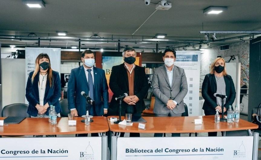 Firman acuerdo de colaboración entre Trenes Argentinos y Biblioteca del Congreso