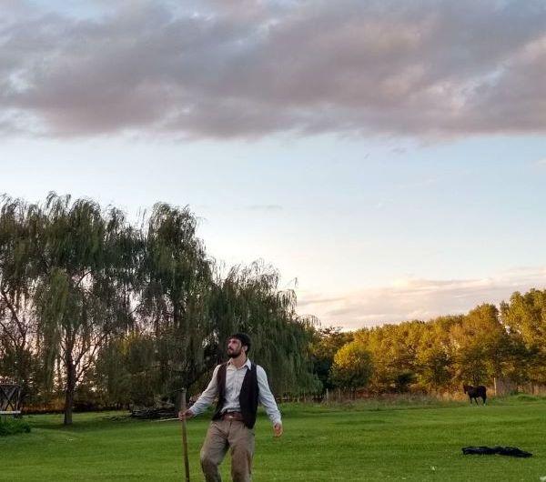 Se estrena la obra de teatro ¿Cuánta tierra necesita un hombre?