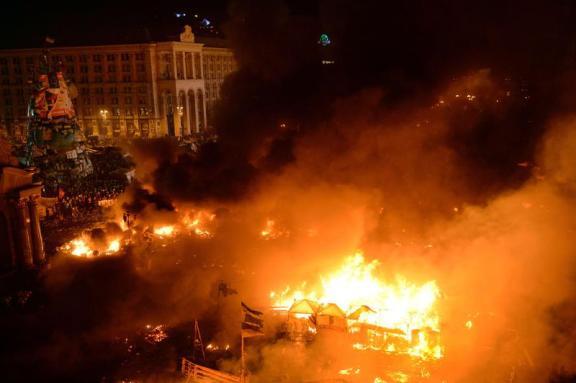 image-2014-02-19-16640552-41-cele-mai-violente-proteste-kiev-febaruarie-2014