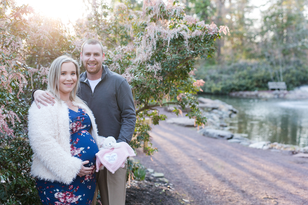 Maternity Session Sayan Gardens