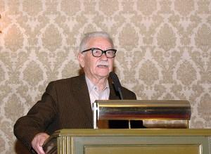 vjenceslav-juric-za-govornicom-u-gradskoj-skupstini-17-12-2008