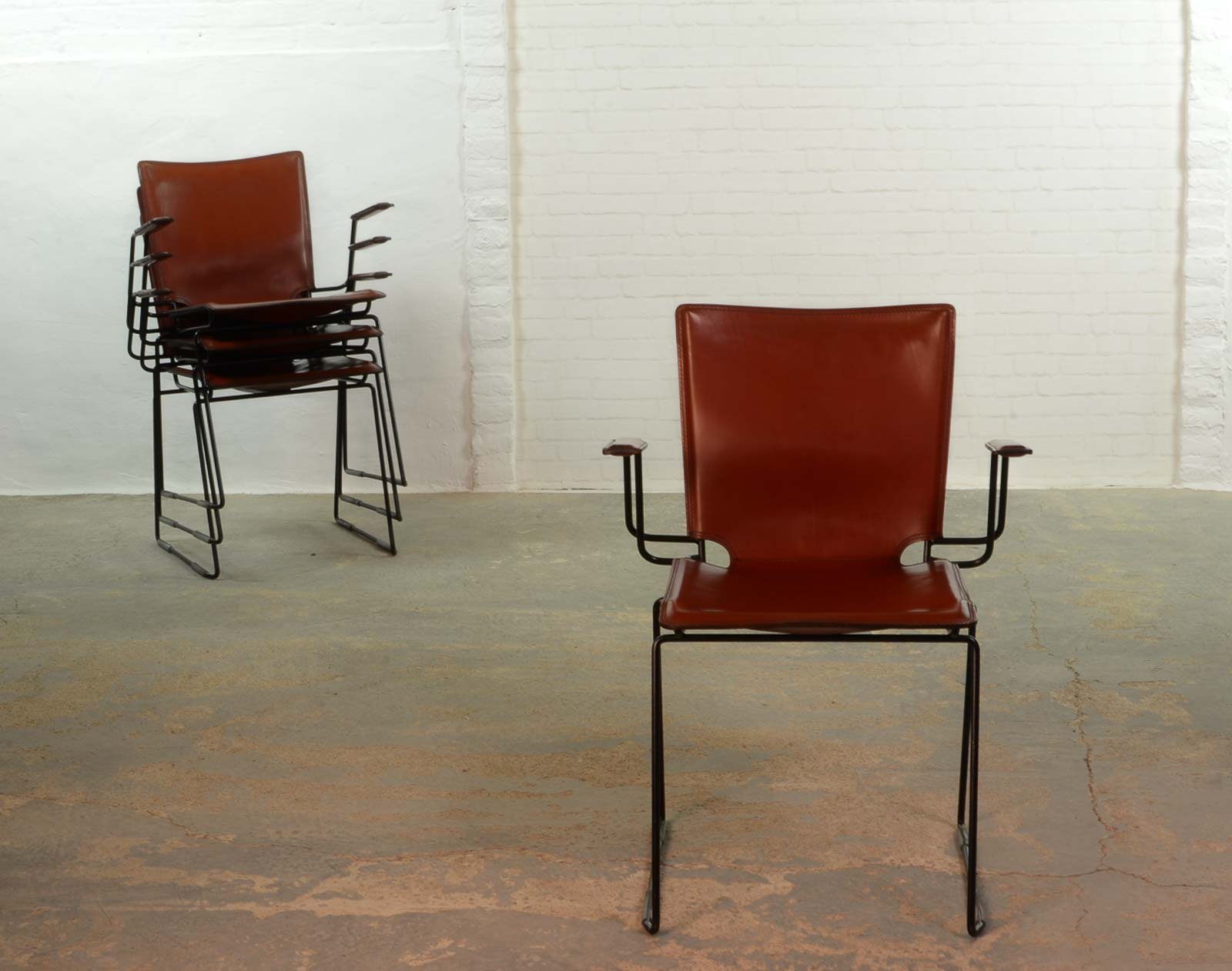 metal frame leather dining chair hunter green covers italian red and enameled black steel