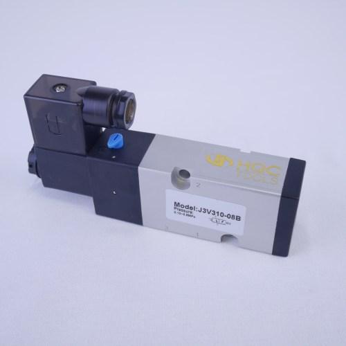 small resolution of 3 2 way solenoid valve 1 4 npt ports 3v310 08b