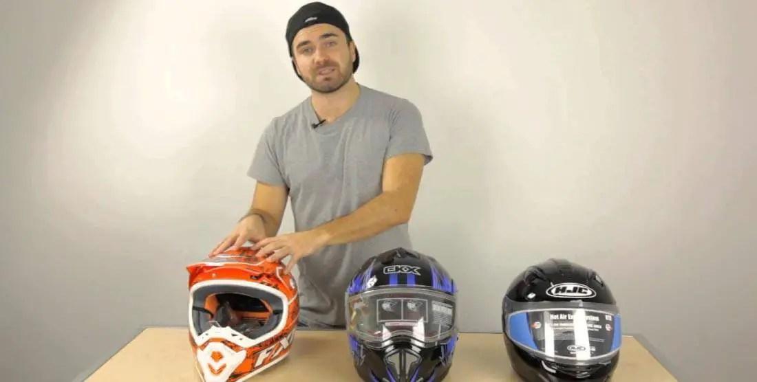 Types of Modular Snowmobile Helmets