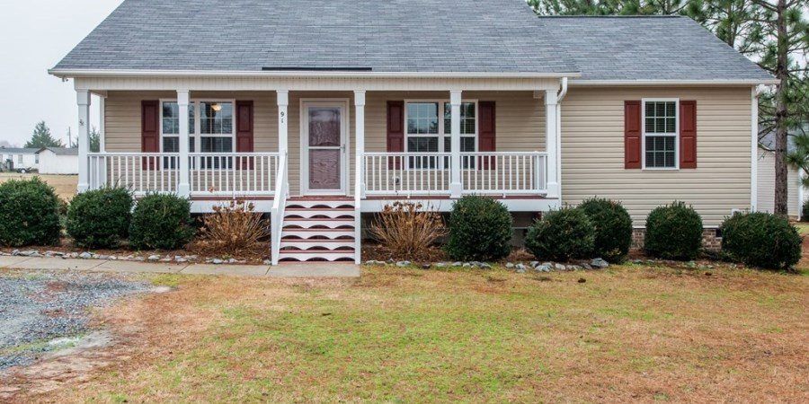 Under Contract: Three-Bedroom Ranch in Four Oaks