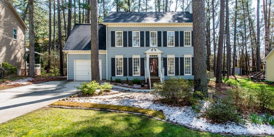 Now Showing: Four-Bedroom Traditional with Boho Vibe in Durham's Woodcroft