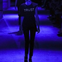 Клубна визия директно от модната писта