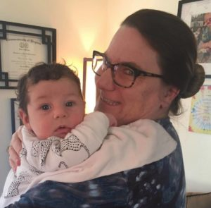 Midiwfe and baby