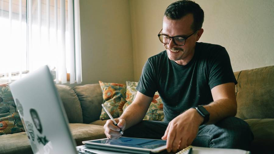 Five things HR must legally provide for staff working from home