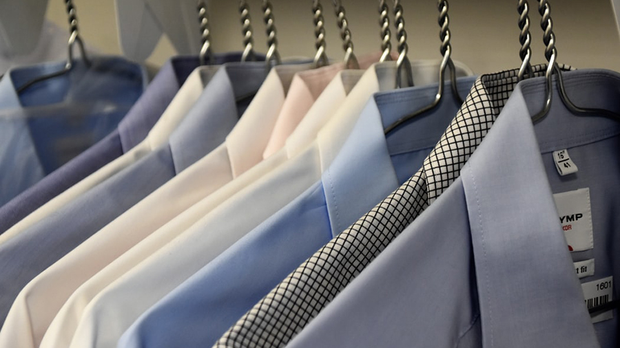 Formal dress codes can lead to happier employees, research shows