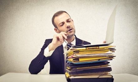 90% of professionals plagiarise other people's CVs