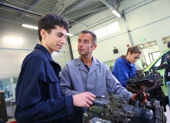 Autumn statement puts the apprenticeship scheme at risk