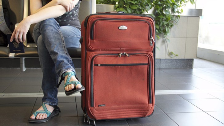 Can employers decline employee's annual leave requests?