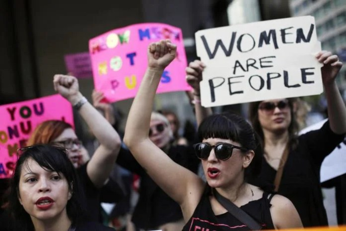17 Times Politicians have Resorted to Wildly Sexist Speech Over the Last  Year | Human Rights Watch