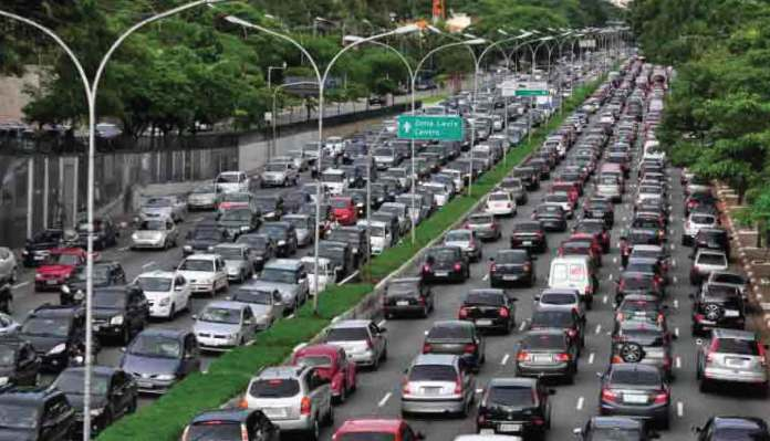 How to Drive Safely in Heavy Traffic