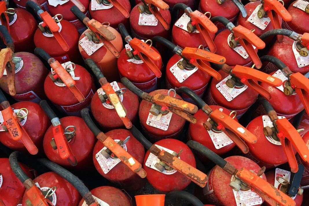 The Pass Method For Using Fire Extinguishers