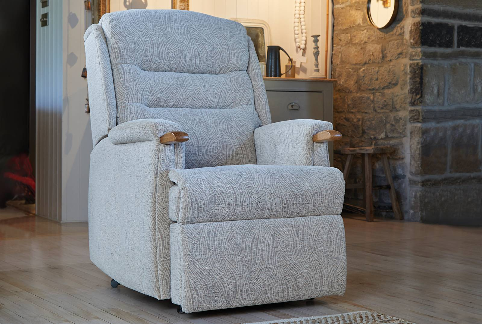 Ripley Armchair with Knuckles Manufactured in the UK  HSL