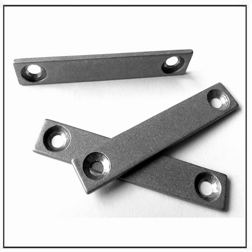 rectangle-fecrco-magnet-with-2-countersunk-holes