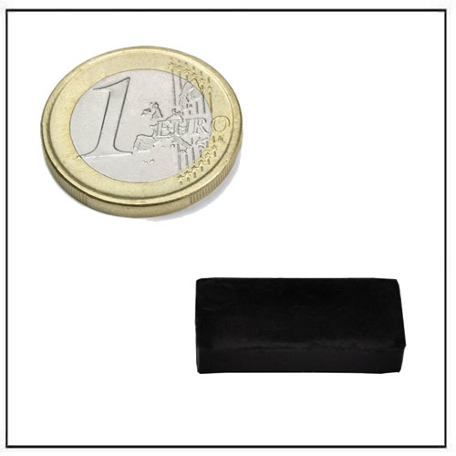 16 x 8 x 3 mm Small Block Neodymium Magnet with Rubber Coating