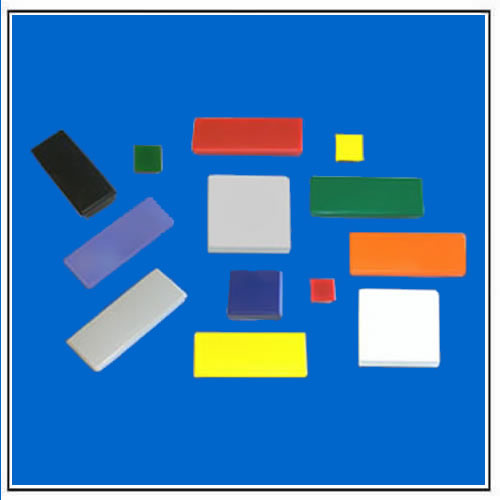Rectangular Isotropic Ferrite Magnets with Flat Top