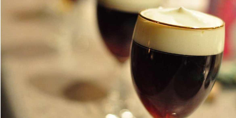 Ricetta e storia dell'Irish Coffee il caffè irlandese