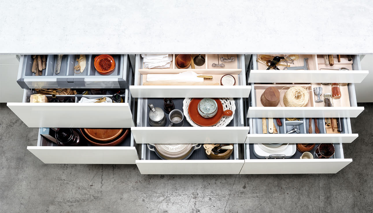 kitchen drawer pub style set choosing drawers which should i choose hth