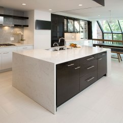 Kitchen Island With Cooktop Pre-rinse Faucet Contemporary Kitchens Designs & Remodeling | Htrenovations