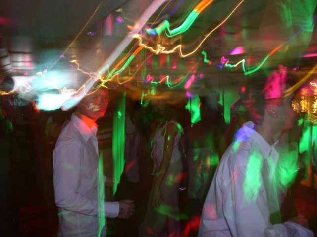 <STRONG><FONT color=#ff00ff>Photos de la Soirée Aabysse du samedi 21 mai 2005.</FONT></STRONG>
