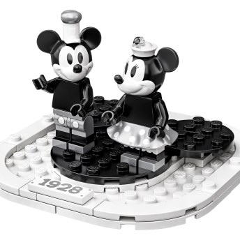 21317 Steamboat Willie 4