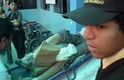 Momentos en que trasladaban a los heridos al hospital de Huaral