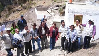 Autoridades en inauguracion de la  Planta de tratamiento de aguas residuales