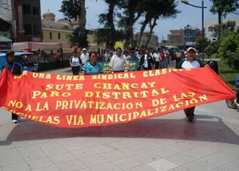 Profesores en contra municipalización educativa Chancay