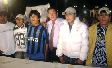 Pescadores junto al alcalde de Chancay Juan älvarez Andrade