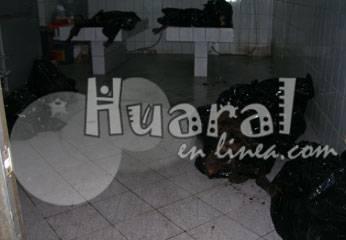 Los cuerpos calcinados en la morgue de Chancay.