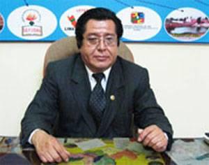 Dr. Walter Ortiz Vizarreta director de la Ugel Nº 10 de Huaral