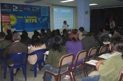 """250 emprendedores del distrito de Chancay, recibirán Certificación Empresarial """"Tabla de Negocios MYPE""""."""