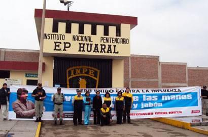 Campaña de prevención realizado por  la Dirección Regional de Salud de Lima a los internos del  centro penitenciario Huaral.