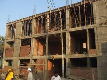 Techado del tercer piso de la I.E. La Huaquilla.