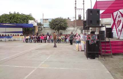 Jaime Uribe La Familia   Homenaje a las madres alocución