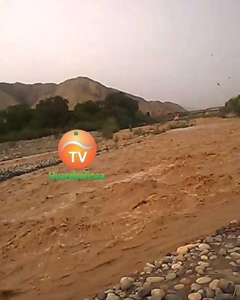 Rio Chancay inunda viviendas en Huayan