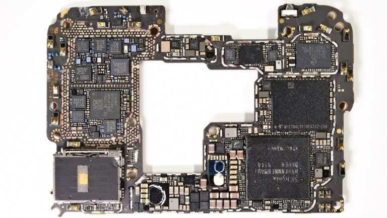 Huawei Teardown shows American parts replaced by Chinese alternative