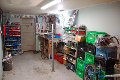 1_basement_shop
