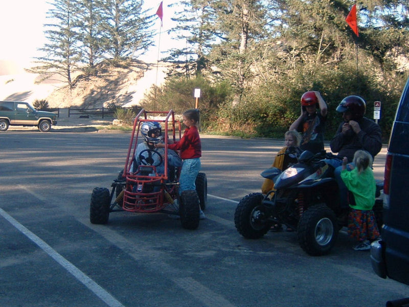 picture of Huber family after dunebuggy day