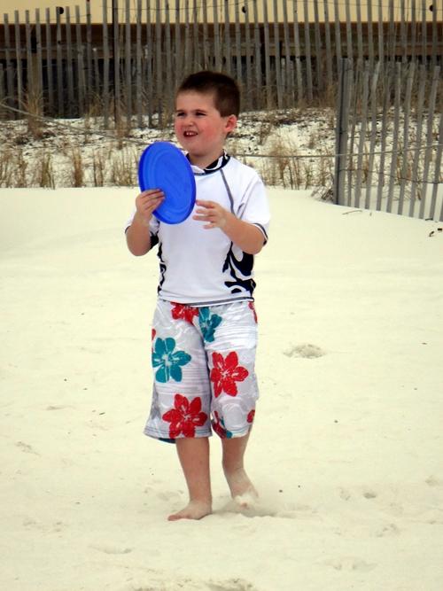 2014-03-15-kids-frisbee05