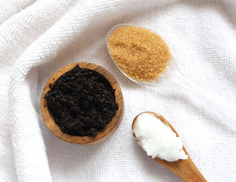Home made coffee scrub DIY